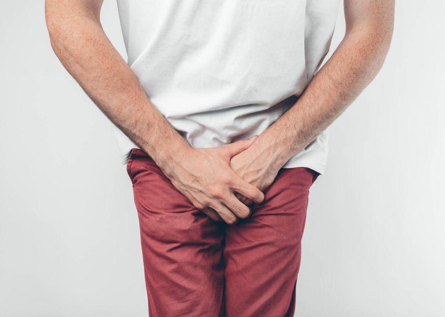 Entenda o que pode causar dor nos testículos